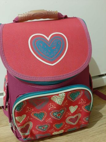 Портфель, рюкзак для дівчинки в хорошому стані