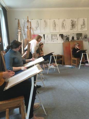 Lekcje rysunku i malarstwa dla zdających do szkół artystycznych.