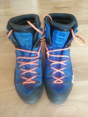 Buty wspinaczkowe, trekkingowe, do raków, turystyczne Alpinism Simond