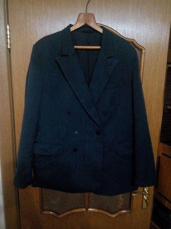 Чоловічий піджак в хорошому стані