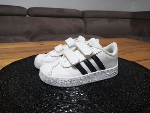 Adidas roz.23 dziewczynka/ chłopczyk