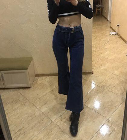 Епатажні джинси Wally's в кльош