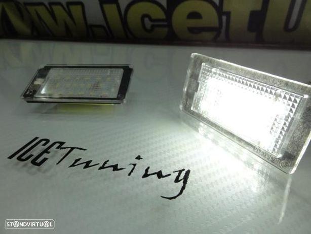 Suporte de lampada de matricula com led branco para bmw e46 coupe + cabrio 98-03
