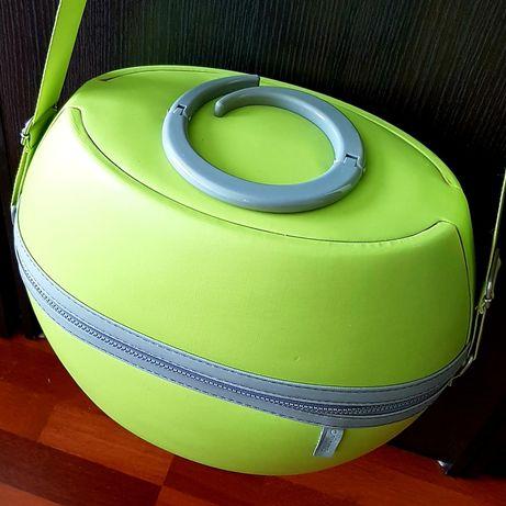Kuferek ORIFLAME na kosmetyki, podróżny, zielony