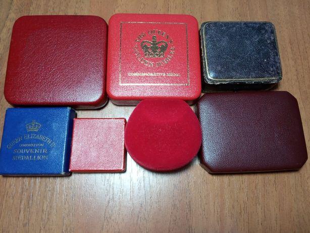 Юбилейные монеты в коробках Англии Виндзорский замок Золотой юбилей