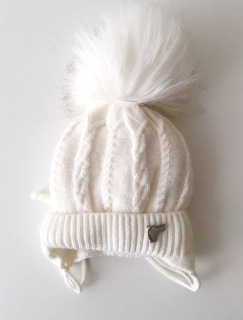 Продам шапочку для новорождённого
