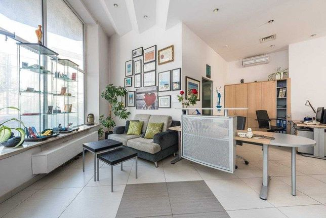 Biuro, biurko narożne z ladą i kontenerkiem