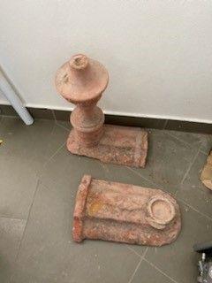 Ornamentos antigos para telha Marseilha