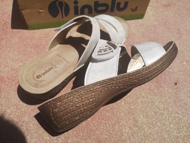 Sandálias 39, muito confortáveis - novas em caixa