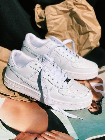 Кроссовки белые Nike Air Force Найк Аир Форс Топовые