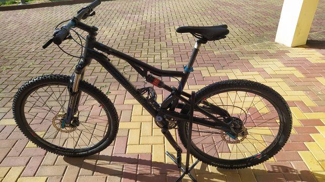 Bicicleta suspensão total 27.5