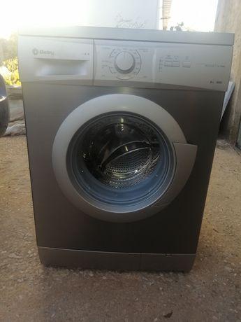 Máquina de lavar roupa Balay 6 kg como nova