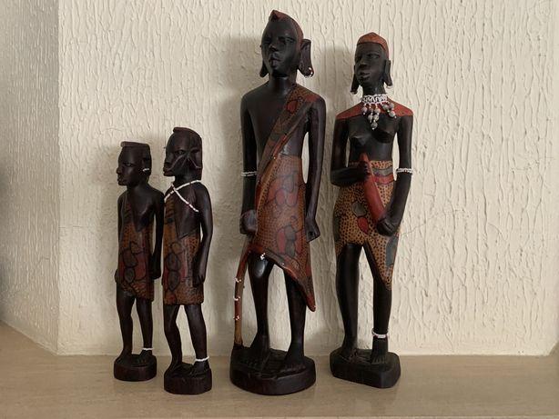 Estátuas de madeira
