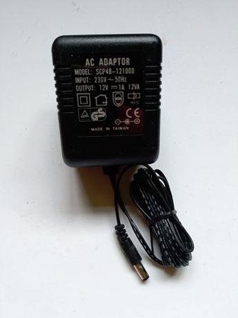 Zasilacz -adapter 12 V NOWY