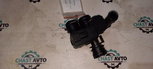 Клапан печки, кран печки Mercedes CLS W219