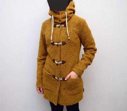 Продам спортивное пальто Jack Wolfskin