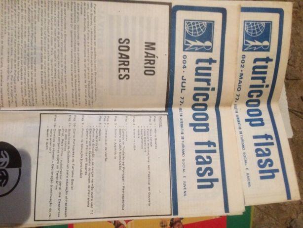 2 revistas '' turicoop flash'' , maio e julho 1977