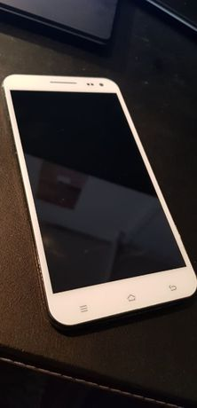 Smartfon ZOPO 998 (USZKODZONY pin przy baterii - do naprawy)