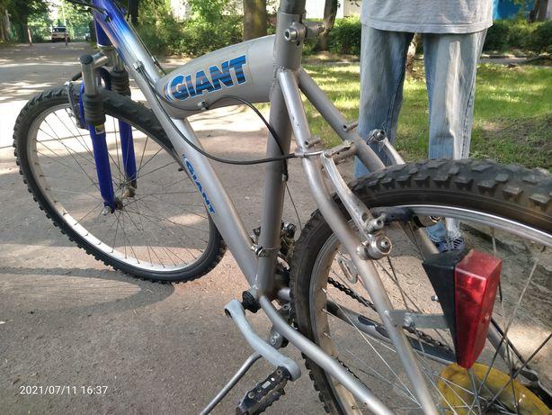"""Горний велосипед німецької марки """"Giant"""""""