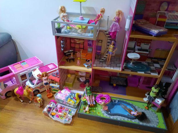 Zestaw Domek Barbie drewniany+karetka+camper + konie+ lalki+akcesoria