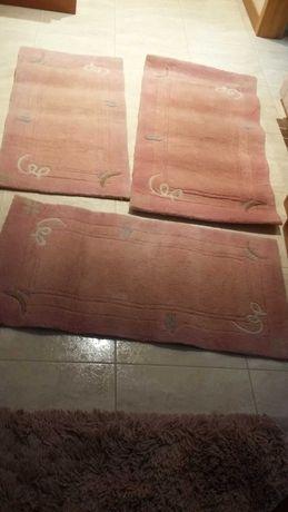 vendo terno de tapetes quarto