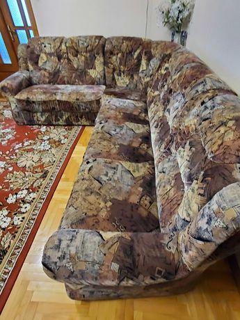 Продам мягкий уголок (диван-кровать) c креслом