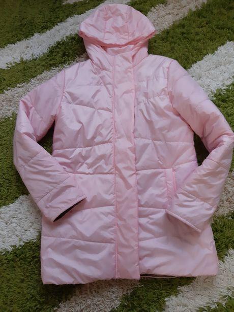 Весняно-осіння легка та стильна курточка