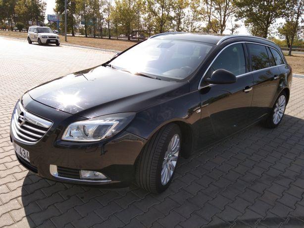 Легковые автомобили Opel Insignia.