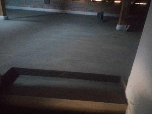 Wylewki maszynowe mixokretem posadzki betonowe,ocieplenie poddaszy