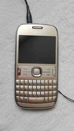 Nokia Asha 302 kolor złoty