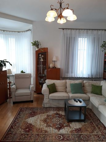 Duże mieszkanie w centrum Krapkowic zamienię na mniejsze