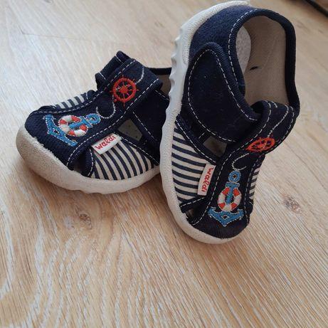 Тапочки в садик, Мокасины, кроссовки, сандали