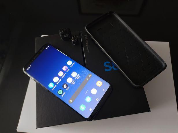 Samsung Galaxy S8 stan bardzo dobry zestaw