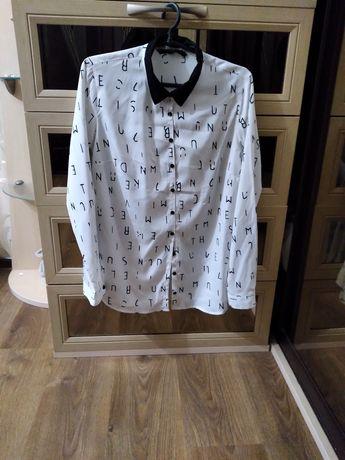 Продам блузку женскую