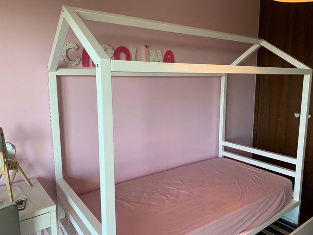 """Cama de criança Montessori  """"casinha"""" branca lacada"""