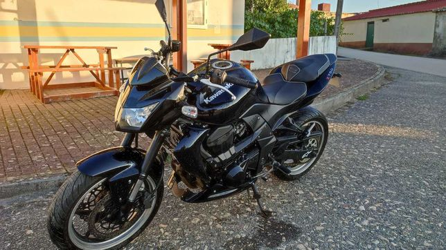 Kawasaki ZR 750L