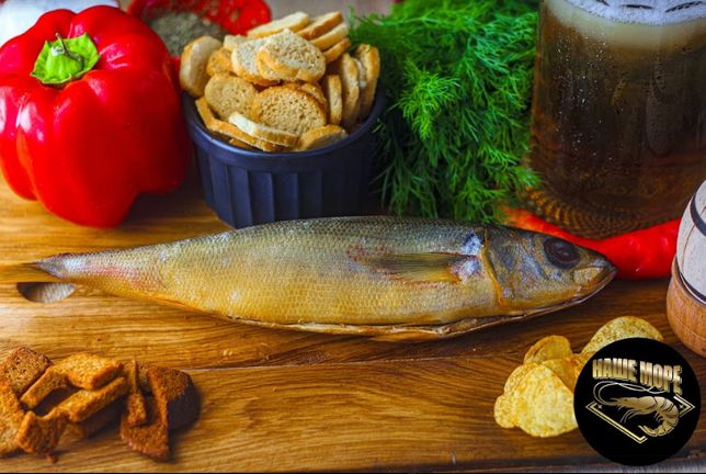 Копчена риба: пеленгас, товстолоб, вомер, красноглазка, карась, окунь.