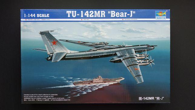 Tupolev Tu-142MR Trumpeter 1/144