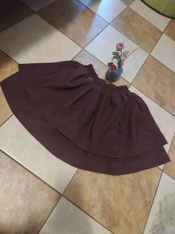 Bordowa spodniczka falbanki