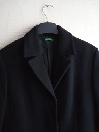 Шерстяное класическое женское пальто benetton ( zara mango bershka )