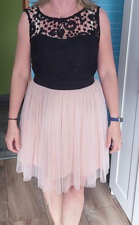 Sukienka tiulowa 38