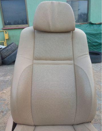 fotele, boczki drzwi BMW X6 2011