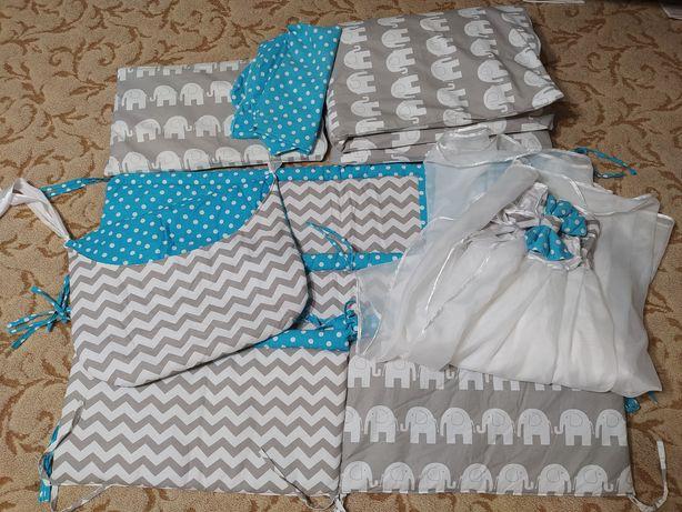Комплект постельного белья для малыша. Бортики, балдахин.