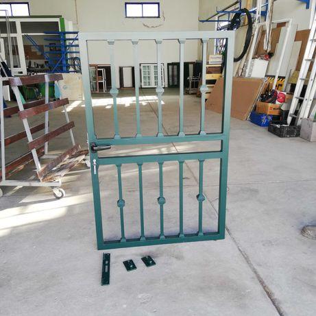 Portão de muro em aluminio