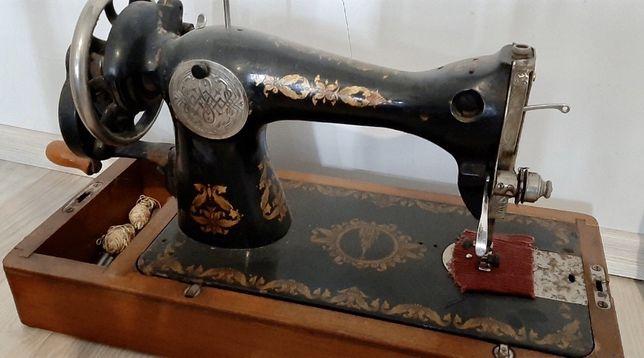Швейна машинка хорошої якості все працює