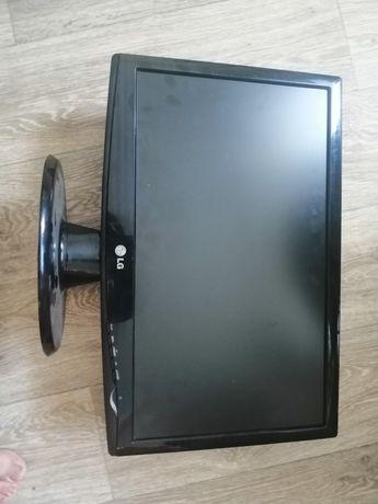 Монітор LG  W2043S 20 дюймів