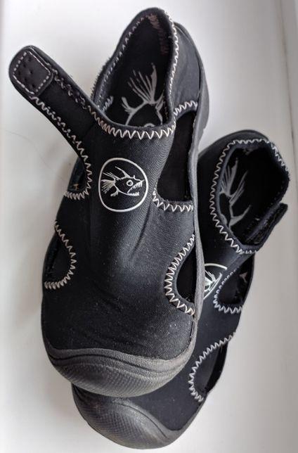 Аква-обувь Hot Tuna 30,5 размер, длина стельки 19,25 см
