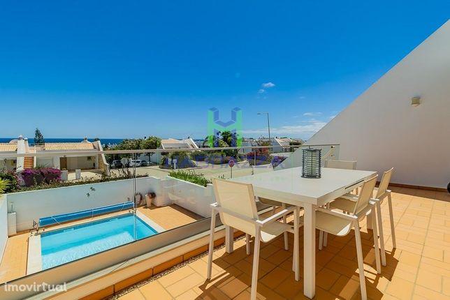 Moradia T4 com Vista Mar e Piscina privada aquecida, na Praia da Luz
