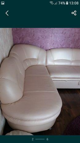 Продається мягкий куток,диван
