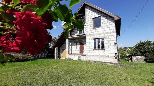 Продам дом современной постройки на берегу озера- 5 км от метро ХТЗ